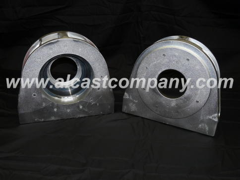 permanent mold A356 cast aluminum bearing housing with insert